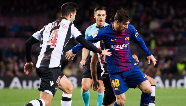 Levante end Barca's hopes of 'perfect' unbeaten season