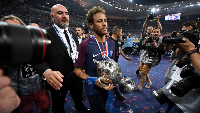 Neymar could stay at PSG.