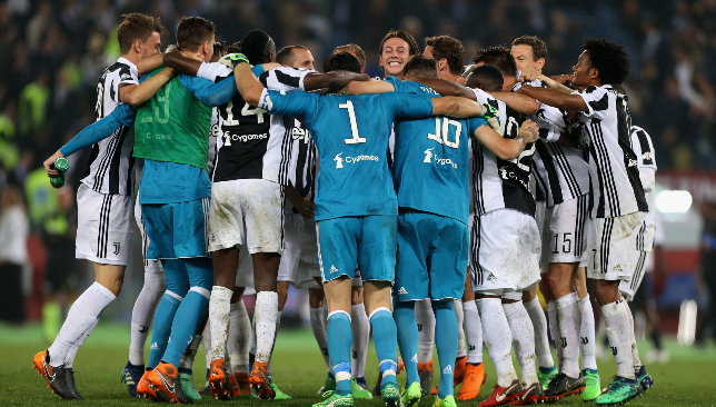 Juventus win seventh consecutive Serie A title