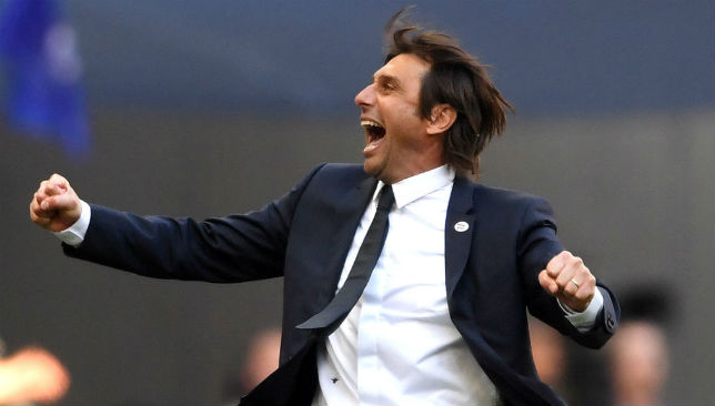 Conte, Manager