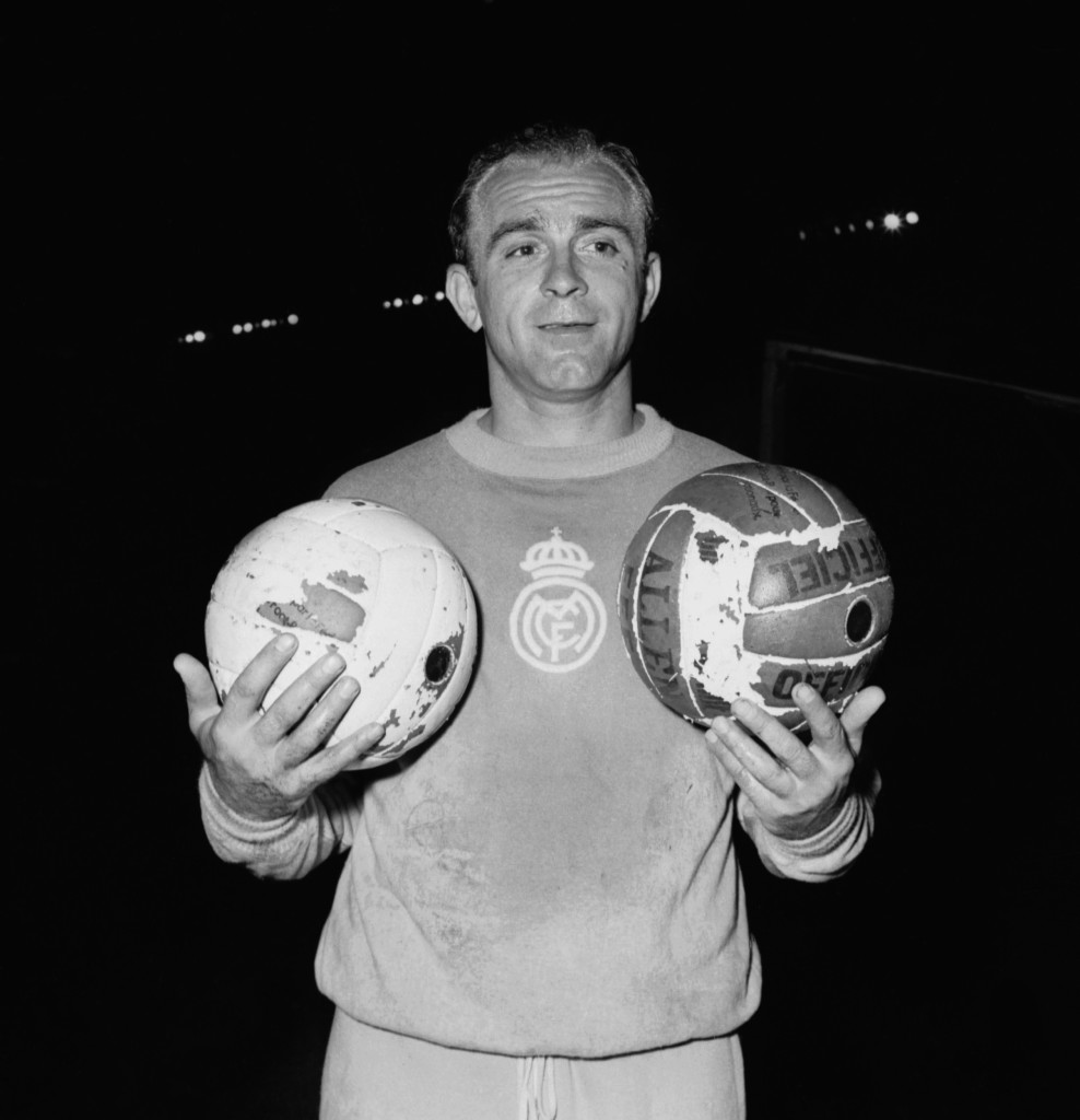PARIS, FRANCE - JUNE 12: Portrait of Argentinian-born Spanish forward Alfredo Di Stefano taken 12 June 1956 in Paris. Born in Buenos Aires, Di Stefano became one of the greatest players of his time winning championship titles in Argentina (1947 with River Plate), Colombia (1949, 1951, 1953 with Millionarios de Bogota) and Spain (8 between 1954 and 1964 with Real Madrid). Di Stefano also won the Copa America with the Argentinian national soccer team in 1947, five European Cups with Real Madrid (1956-1960) along with one Intercontinental Cup (1960) and received the European Golden Ball award for best player of the year in 1957 and 1959. Di Stefano later turned to coaching winning two championships titles in Argentina with Boca Juniors (1969-1970), one in Spain with Valence (1971), one European Supercup and one Cup Winners' Cup in 1980. AFP PHOTO (Photo credit should read STAFF/AFP/Getty Images)