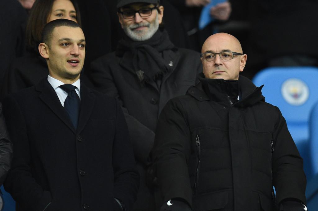 Tottenham Hotspur's chairman Daniel Levy (r).