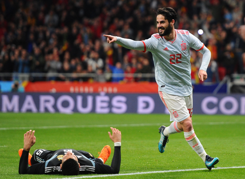 MADRID, SPAIN - MARCH 27: Isco of Spain celebrates after scoring his sides third goal during the International Friendly between Spain and Argentina at Wanda Metropolitano on March 27, 2018 in Madrid, Spain. (Photo by Denis Doyle/Getty Images)