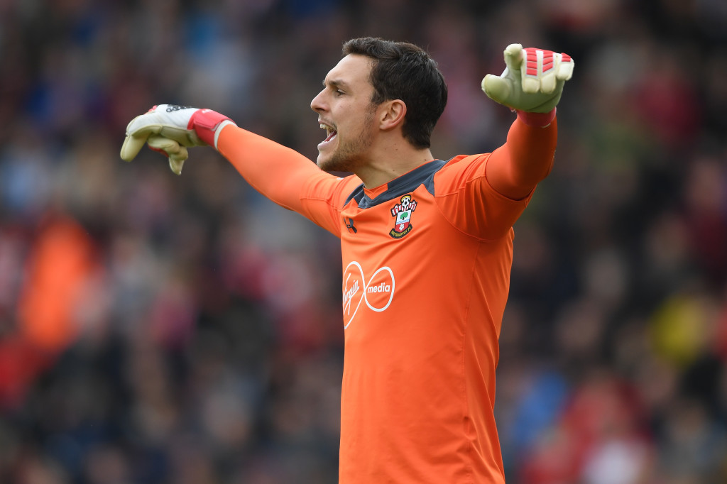 SOUTHAMPTON, ENGLAND - APRIL 28: Alex McCarthy of Southampton shouts instructions during the Premier League match between Southampton and AFC Bournemouth at St Mary's Stadium on April 28, 2018 in Southampton, England. (Photo by Mike Hewitt/Getty Images)