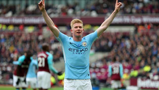 Kompany: De Bruyne deserved Player of the Year, happy for Salah