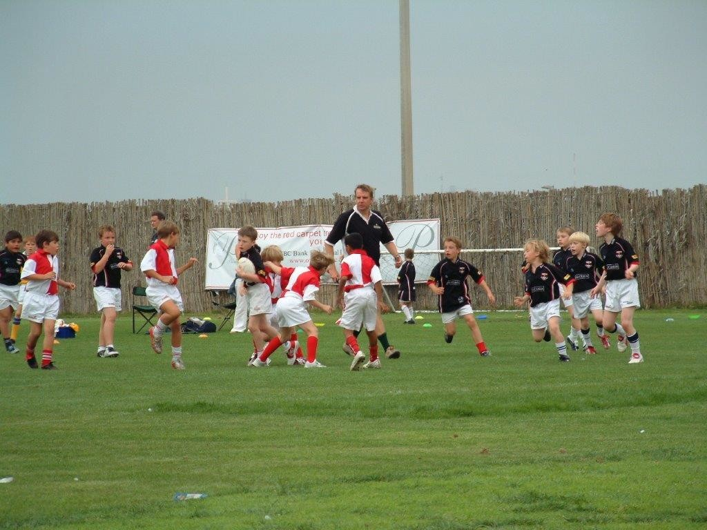 Mike Wolff (c) oversees training at Dubai Exiles many moons ago.