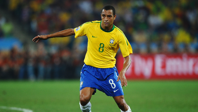 Former Brazil international and Arsenal midfielder Gilberto Silva is now Fred's agent.