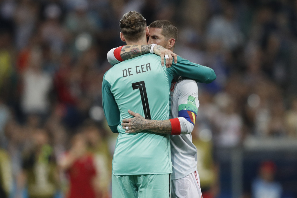 Is De Gea's claim on Spain's No 1 shirt under threat?