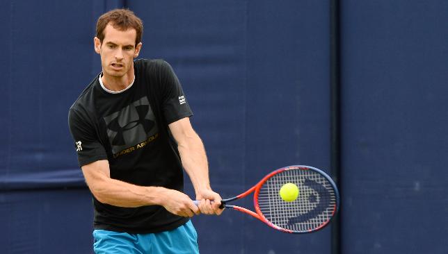 ATP Shenzhen: Andy Murray struggles against Zhang. Shapovalov wins
