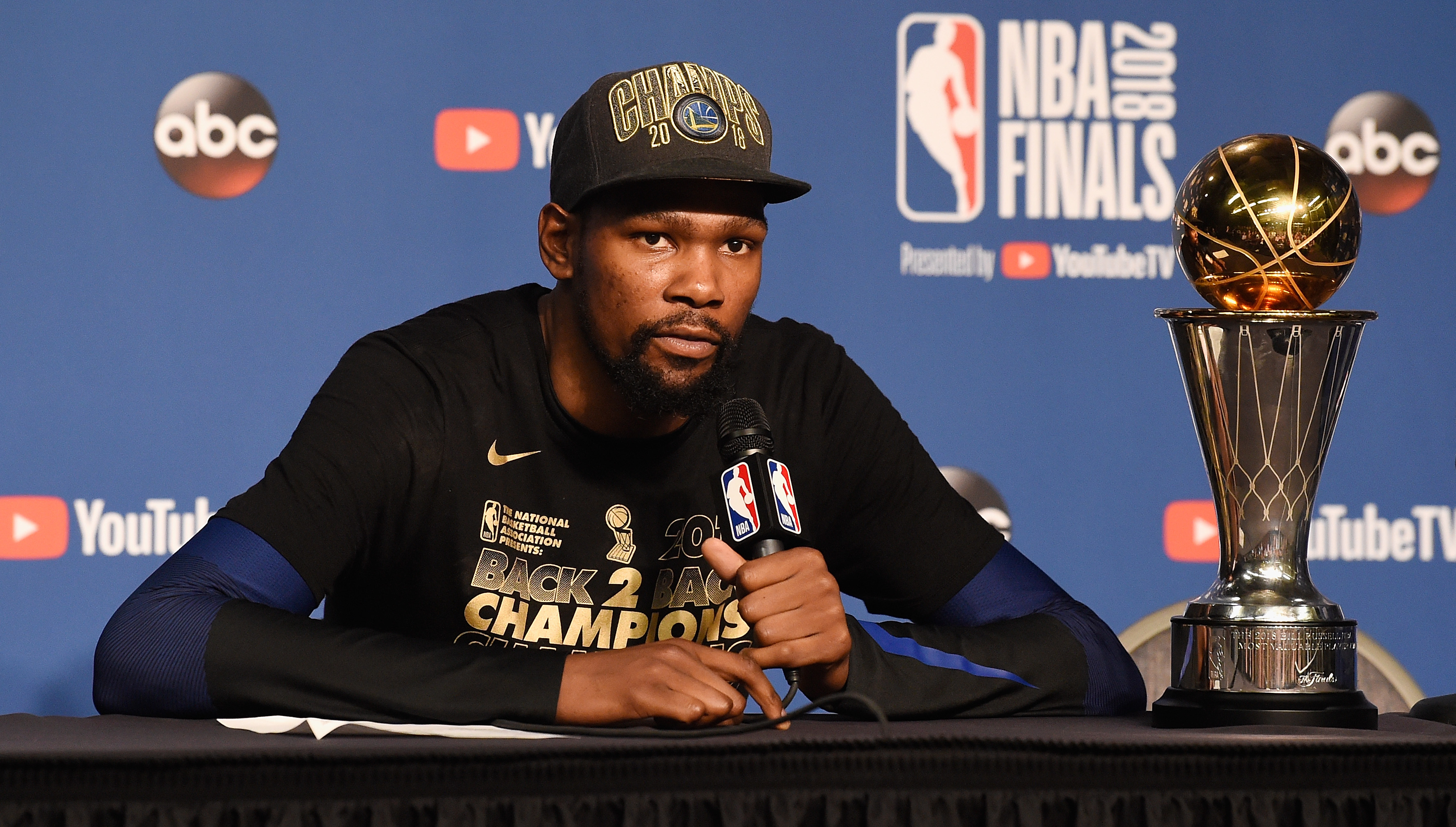 Warriors GM Myers will give Durant new deal he wants