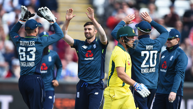 England are on the brink of making it 5-0 against the Aussies.