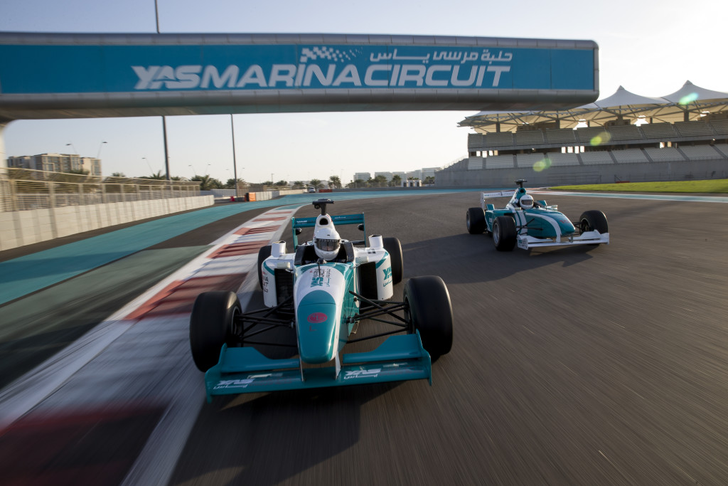 Formula Yas 3000 Driving Experience
