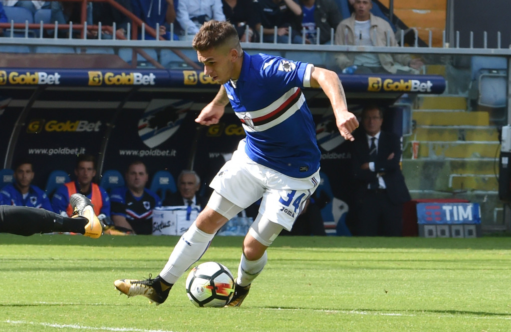 GENOA, ITALY - SEPTEMBER 24: Lucas Torreira of Sampdoria in action during the Serie A match between UC of Sampdoria and AC of Milan at Stadio Luigi Ferraris on September 24, 2017 in Genoa, Italy. (Photo by Paolo Rattini/Getty Images)