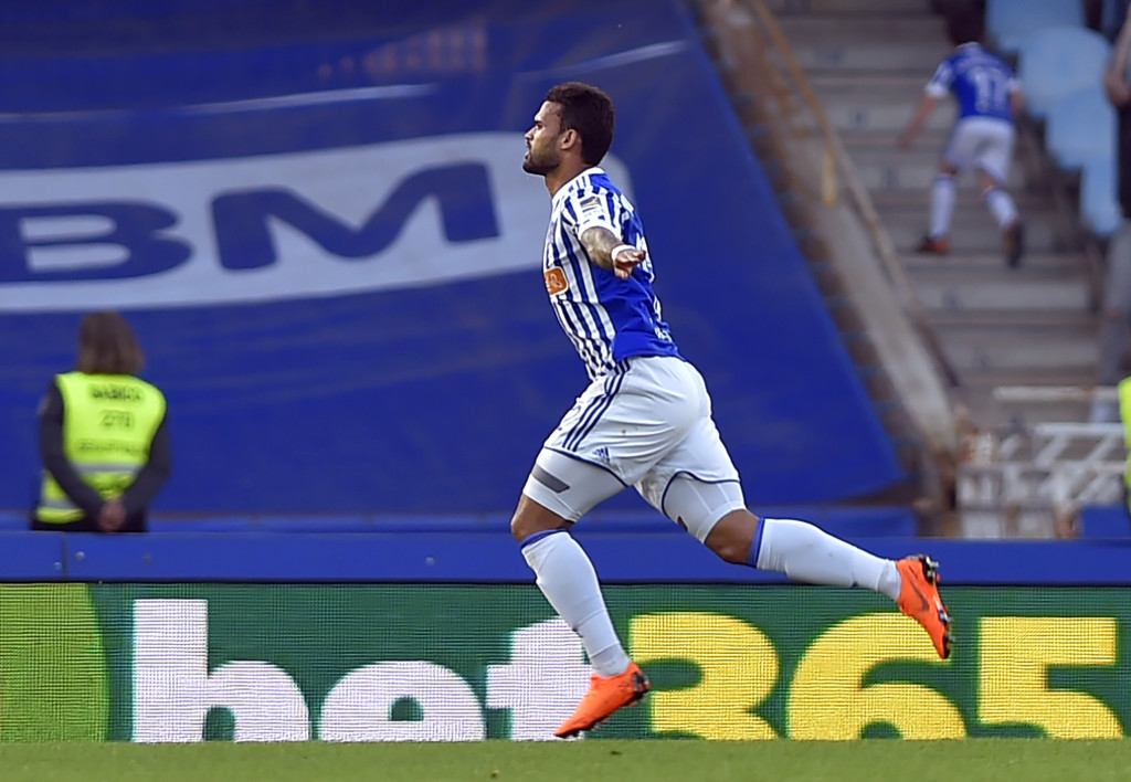 Real Sociedad's Brazilian forward Willian Jose celebrates after scoring his team's first goal during the Spanish league football between Real Sociedad and Club Atletico de Madrid at the Anoeta stadium in San Sebastian on April 19, 2018. (Photo by ANDER GILLENEA / AFP) (Photo credit should read ANDER GILLENEA/AFP/Getty Images)
