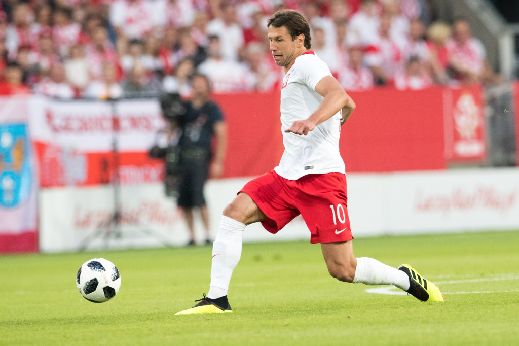 Poland's midfielder Grzegorz Krychowiak plays the ball during the international friendly football match between Poland and Chile at the Arena Poznan stadium in Poznan, Poland, on June 8, 2018. (Photo by ANDRZEJ IWANCZUK / AFP) (Photo credit should read ANDRZEJ IWANCZUK/AFP/Getty Images)