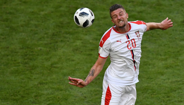 Sergej Milinkovic-Savic controls the ball