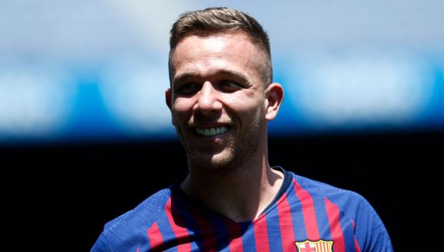 Barcelona's Arthur has a touch of Xavi, claims Rafinha