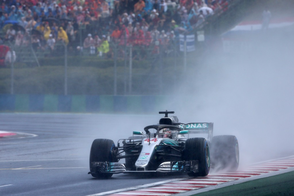 BUDAPEST, HUNGARY - JULY 28: Lewis Hamilton of Great Britain driving the (44) Mercedes AMG Petronas F1 Team Mercedes WO9 on track during qualifying for the Formula One Grand Prix of Hungary at Hungaroring on July 28, 2018 in Budapest, Hungary. (Photo by Charles Coates/Getty Images)