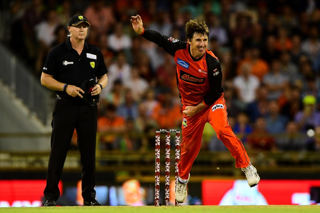 Hogg feels England have a big weakness against spinners.