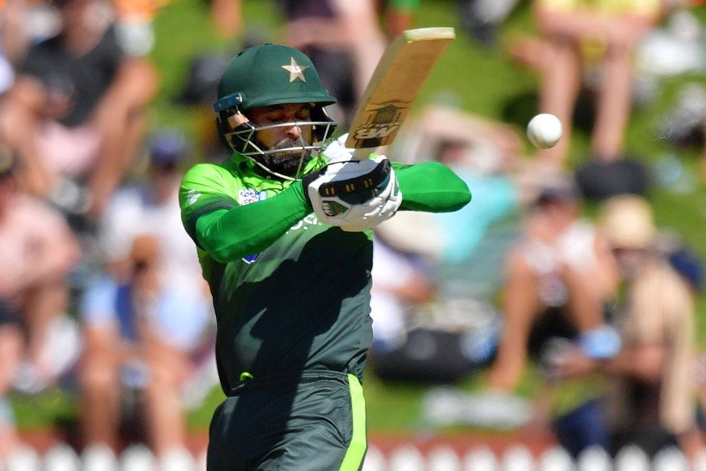 Hafeez is not long-term option for Pakistan.