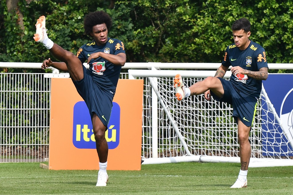 A move to Barcelona could see Willian line up alongside Brazil team-mate Philippe Coutinho