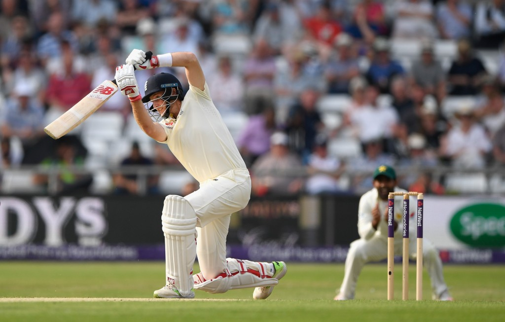 LEEDS, ENGLAND - JUNE 01: England batsman Joe Root cover drives a ball towards the boundary during day one of the second Test Match between England and Pakistan at Headingley on June 1, 2018 in Leeds, England. (Photo by Stu Forster/Getty Images)