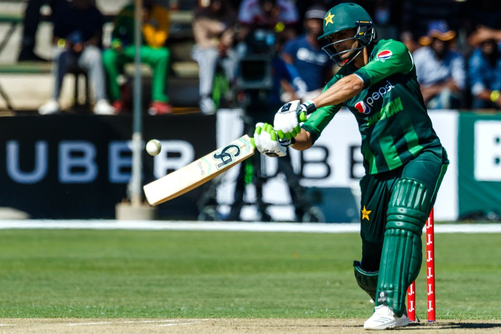 Shoaib Malik eased Pakistan's nerves with a quick-fire cameo.