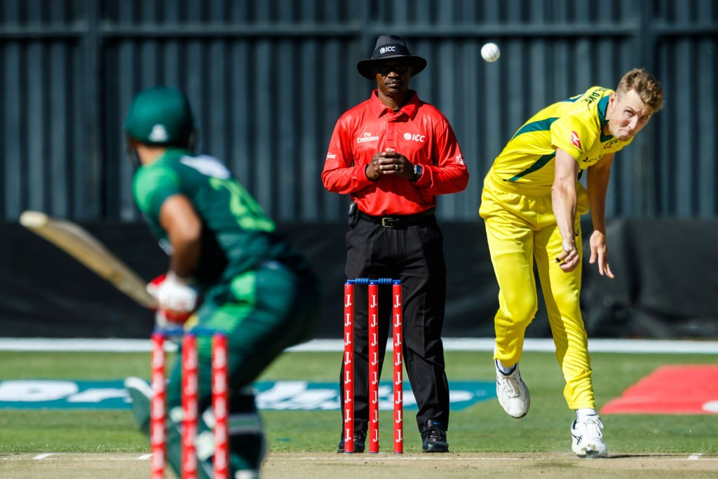 Pakistan's winning run was brought to a halt by the Aussies.