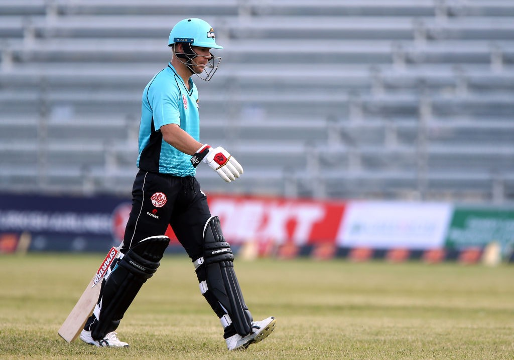 Warner was run-out for just one run as his poor run continued.