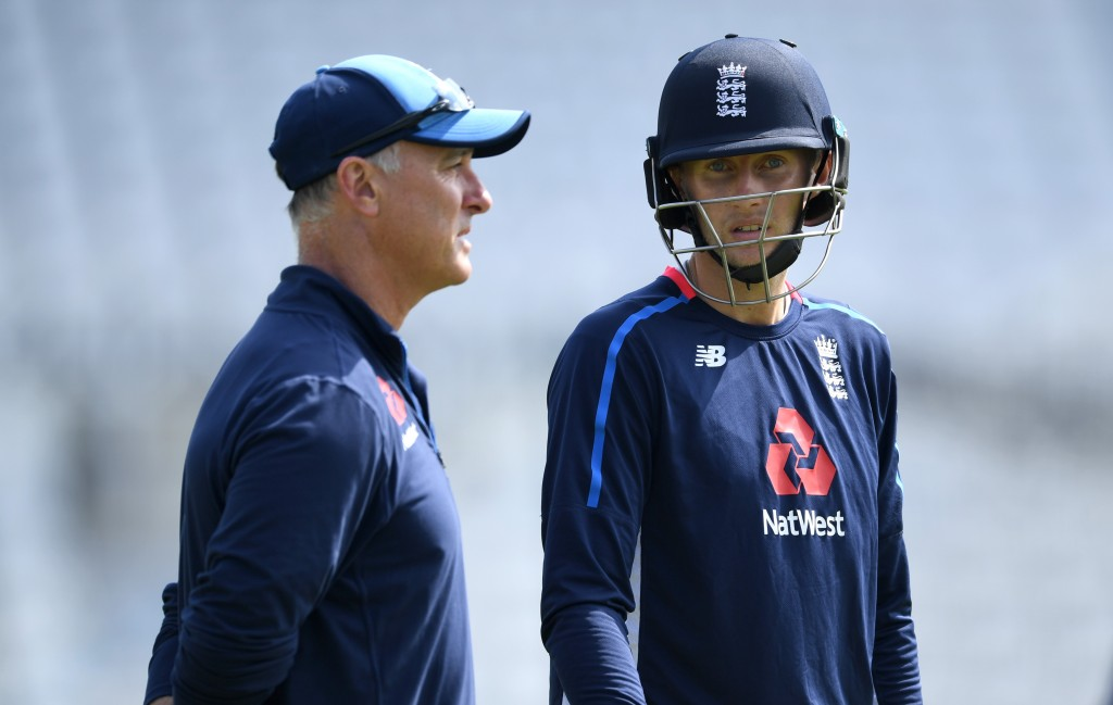 NOTTINGHAM, ENGLAND - JULY 11:  Joe Root of England speaks with coach Graham Thorpe during a nets session at Trent Bridge on July 11, 2018 in Nottingham, England.  (Photo by Gareth Copley/Getty Images)