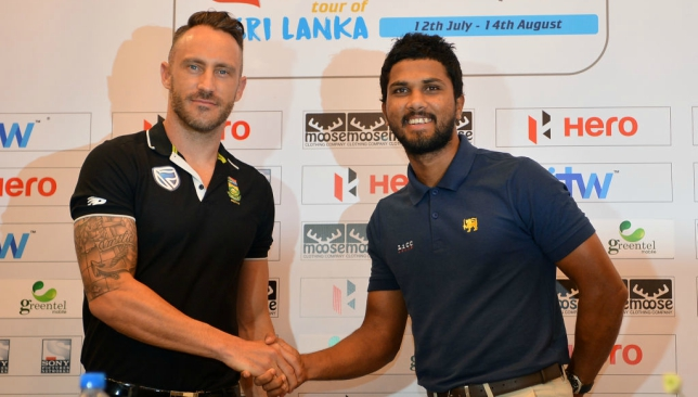 The South Africa and Sri Lanka skippers pose together in Colombo.