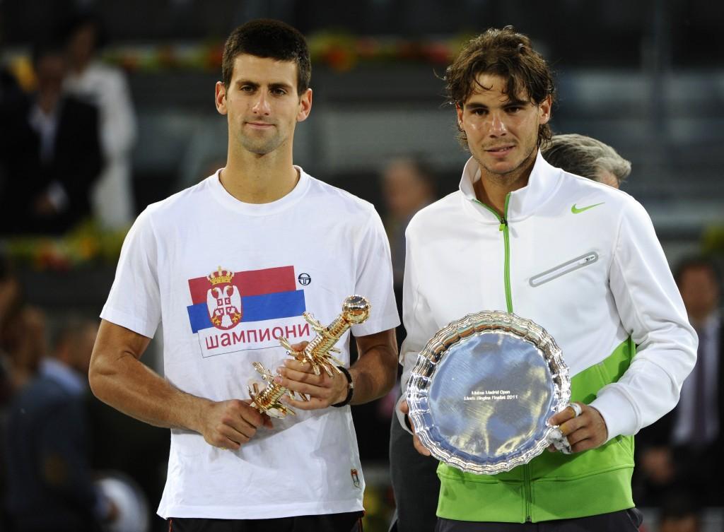 Serbian Novak Djokovic (L) and Spanish R