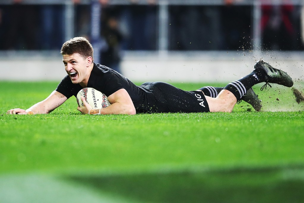 Beauden Barrett goes over for the winning try in the 78th minute in Dunedin last year