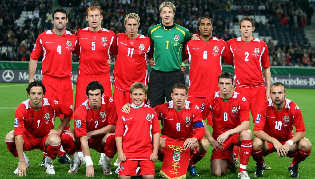 Simon Davies (bottom left) and Gareth Bale (2nd bottom l) line up for Wales ahead of their 2010 World Cup qualifier with Germany in October 2008.