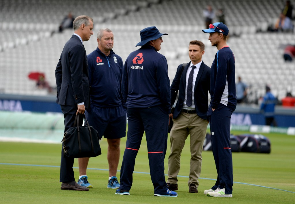 (l to r) Ed Smith, England National selector, Paul Farbrace, coach, Trevor Bayliss, head coach, James Taylor, selector and Joe Root, captain at Lord's