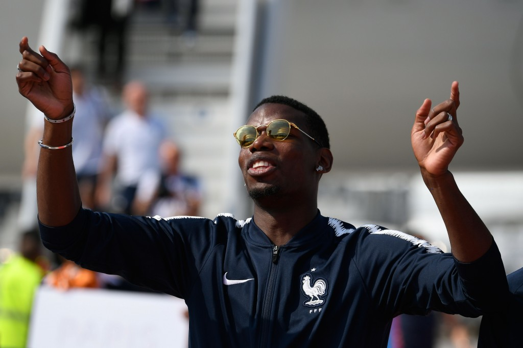 Barcelona continue to prowl for Pogba.