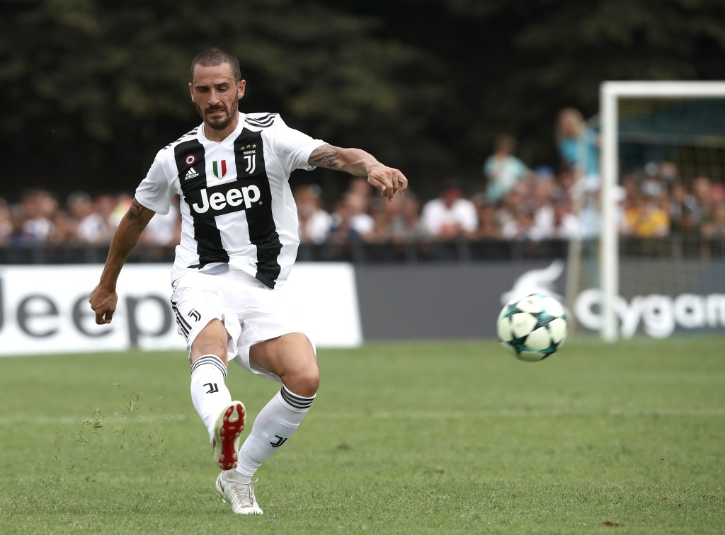 Juventus defender from Italy Leonardo Bonucci kicks the ball during the friendly football match between Juventus A and Juventus B at Villar Perosa, on August 12, 2018 at Villar Perosa. (Photo by Isabella Bonotto / AFP) (Photo credit should read ISABELLA BONOTTO/AFP/Getty Images)