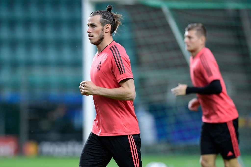 Real Madrid's Welsh forward Gareth Bale takes part in a trainig session at Lillekula stadium in Tallinn on August 14, 2018, on the eve of the UEFA Super Cup football match Atletico de Madrid vs Real Madrid CF. (Photo by JAVIER SORIANO / AFP) (Photo credit should read JAVIER SORIANO/AFP/Getty Images)