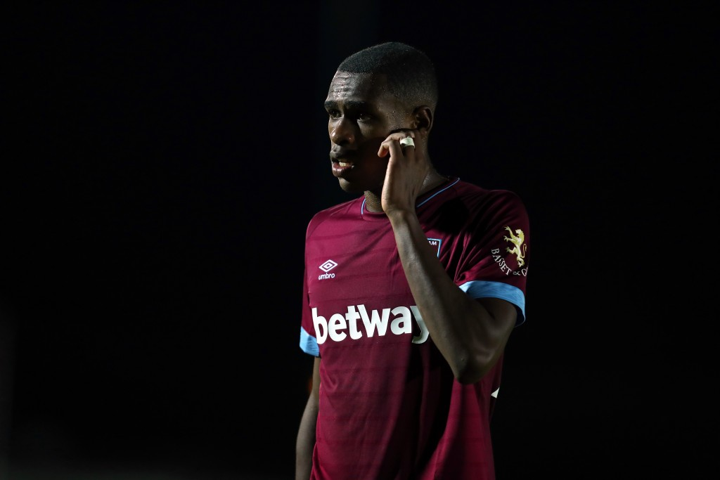 KINGSTON UPON THAMES, ENGLAND - AUGUST 28: Issa Diop of West Ham United the Carabao Cup Second Round match between AFC Wimbledon and West Ham United at The Cherry Red Records Stadium on August 28, 2018 in Kingston upon Thames, England. (Photo by Catherine Ivill/Getty Images)