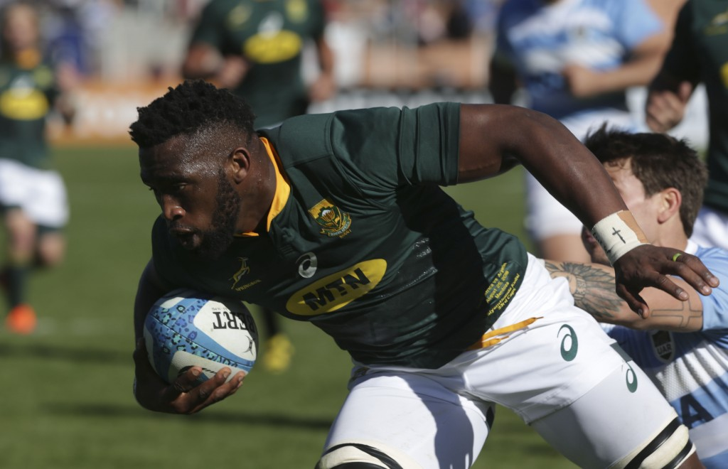 Siya Kolisi goes over for the opening try against Argentina