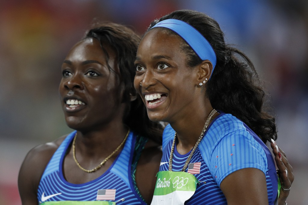 English Gardner (r) and Morolake Akinosun at the Rio Olympics