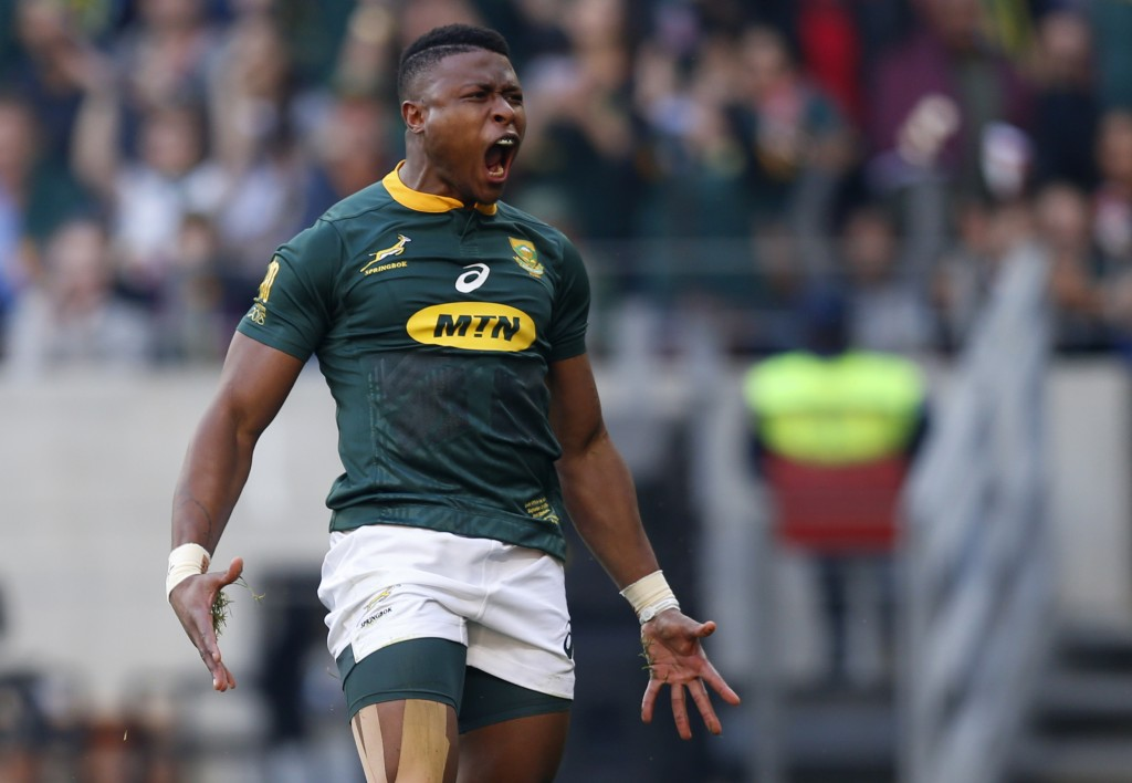Aphiwe Dyantyi celebrates after scoring the opening try in just 23 seconds