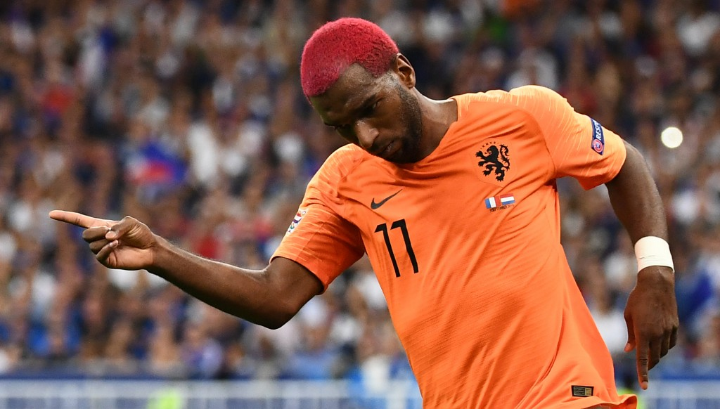 Ryan Babel has equalised for the Dutch.