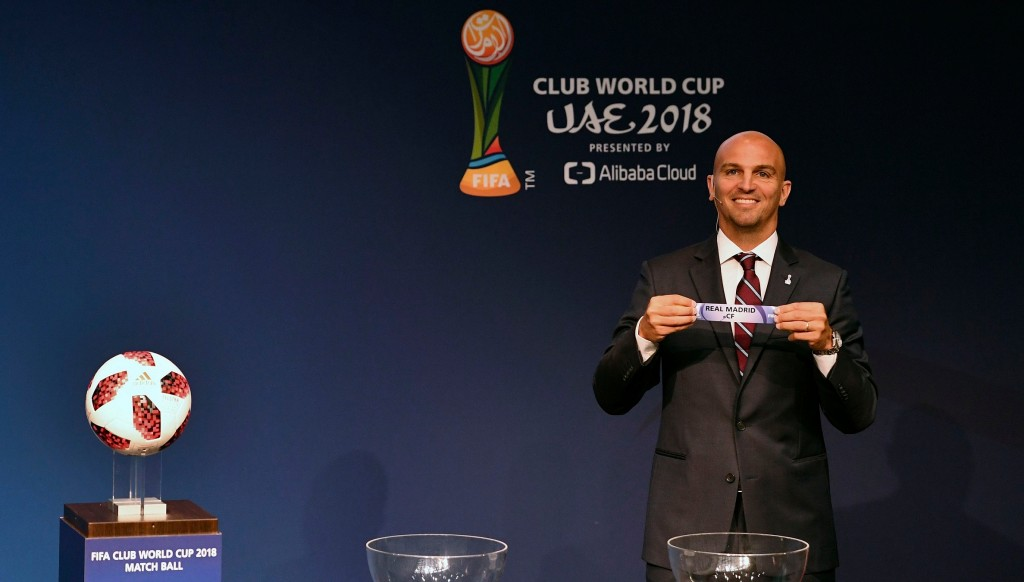 Esteban Cambiasso, who won the Club World Cup with Inter in the UAE in 2010, draws out Real Madrid.