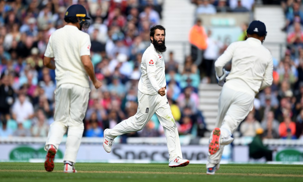 Moeen's display shows Ashwin in a poor light.