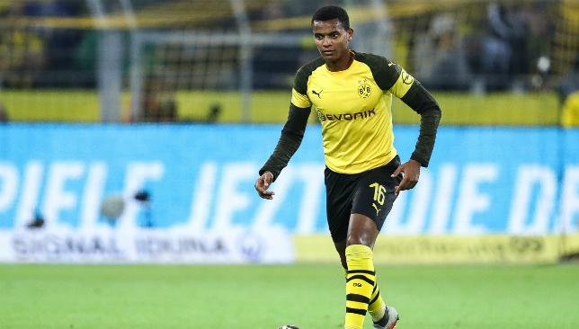 Manuel Akanji needs to come clutch for Dortmund.