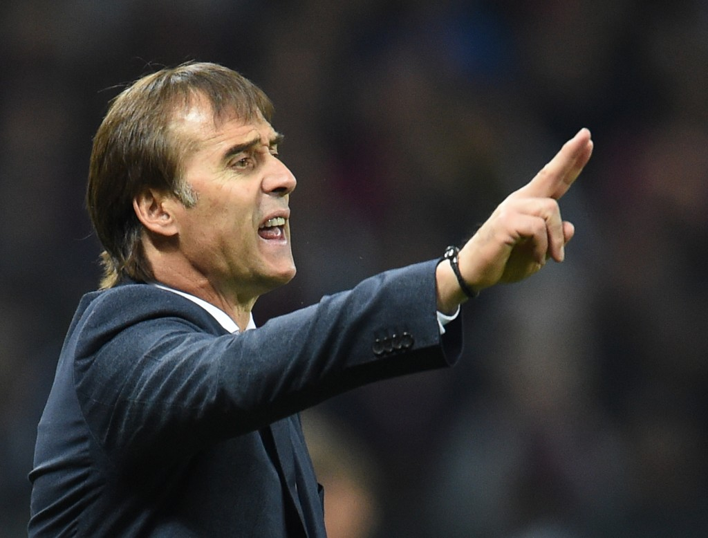 MOSCOW, RUSSIA - OCTOBER 02: Head coach Julen Lopetegui of Real Madrid gestures during the Group G match of the UEFA Champions League between CSKA Moscow and Real Madrid at the Luzhniki Stadium on October 02, 2018 in Moscow, Russia. (Photo by Epsilon/Getty Images)