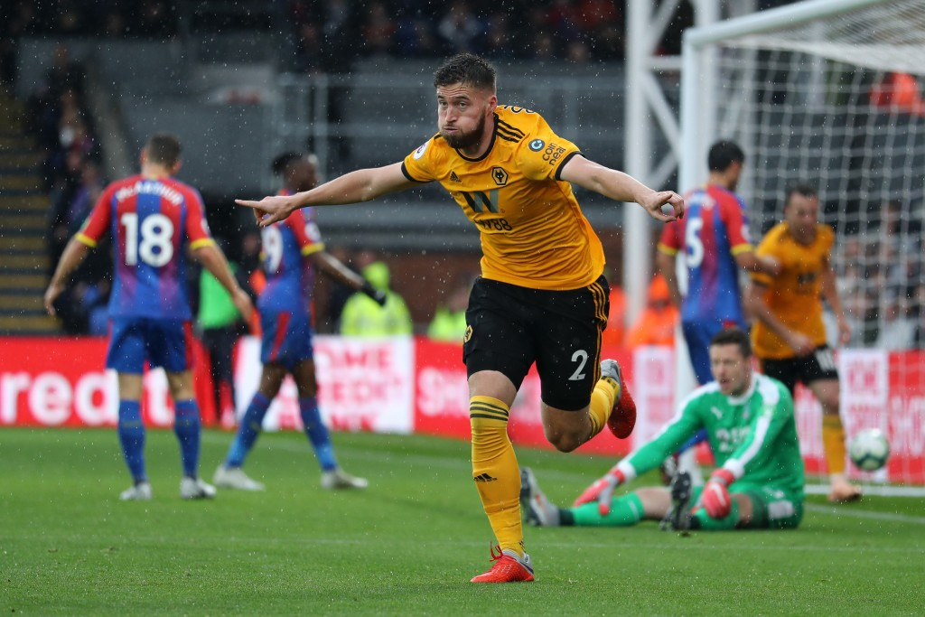 LONDON, ENGLAND - OCTOBER 06: Matt Doherty of Wolverhampton Wanderers celebrates after scoring his team's first goal during the Premier League match between Crystal Palace and Wolverhampton Wanderers at Selhurst Park on October 6, 2018 in London, United Kingdom. (Photo by Bryn Lennon/Getty Images)
