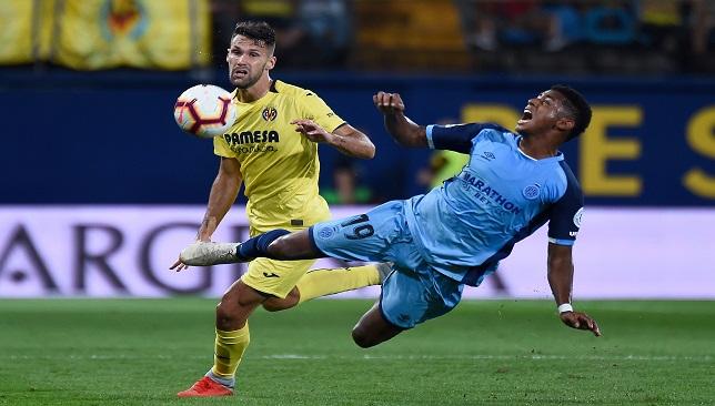 Villarreal's Spanish midfielder Alfonso Pedraza