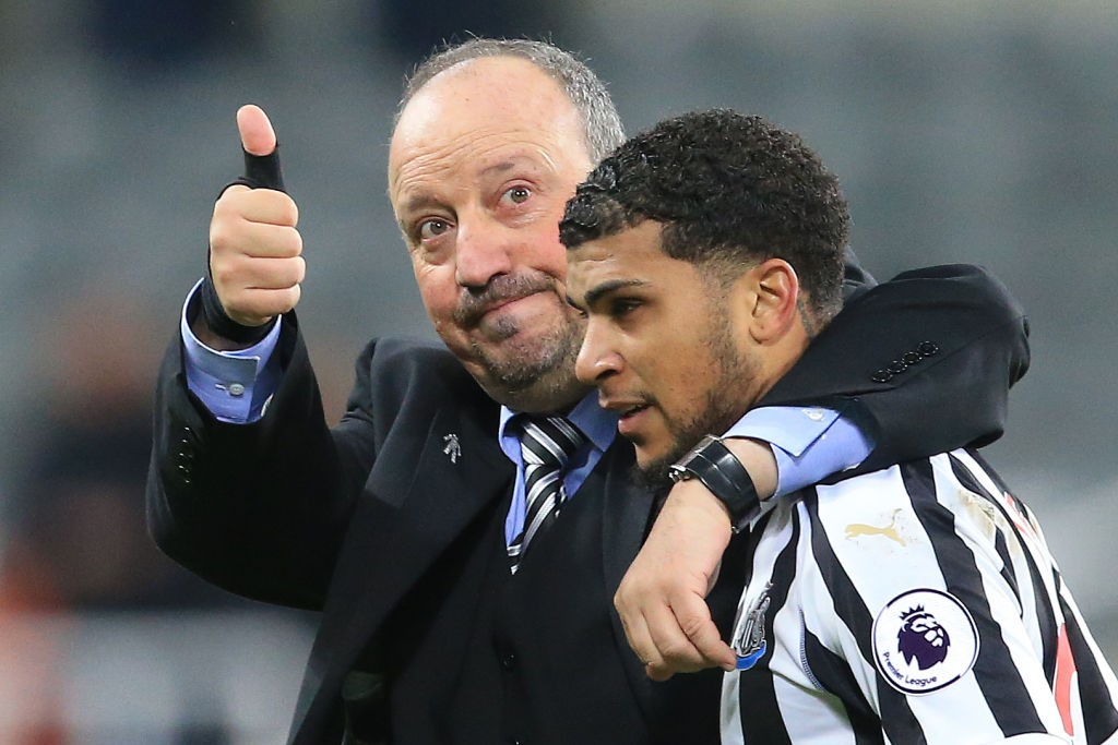 Rafael Benitez celebrates with defender DeAndre Yedlin